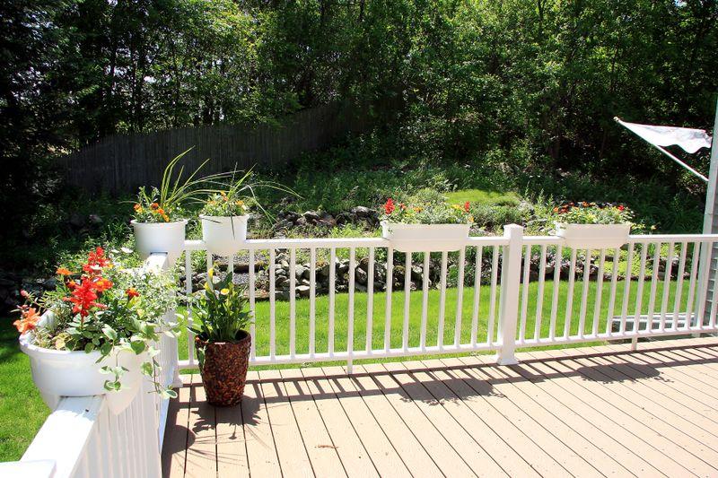 Deck & planters (4)