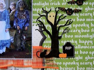 Dressed 2 spook tree close-up